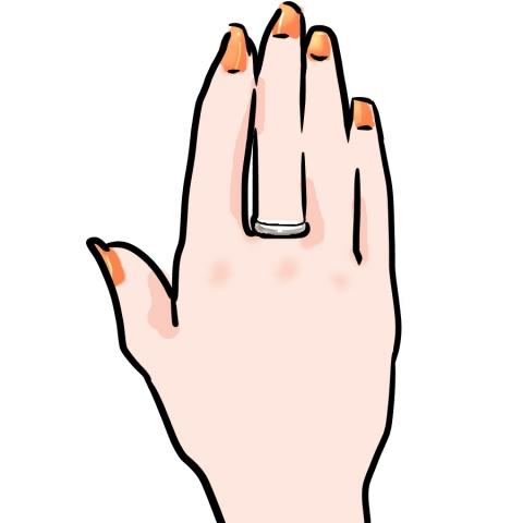 指1本だけにマニキュアを塗る男性。その ...